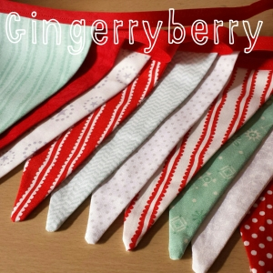 Gingerberry Christmas bunting